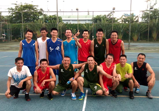 海南区域公司与三亚市发改革委开展篮球友谊赛